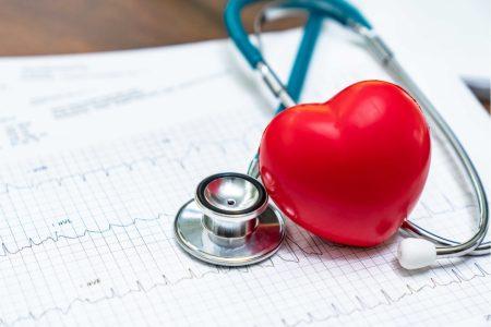 CARDIOLOGIE – CÂND ESTE BINE SĂ CONSULTĂM MEDICUL CARDIOLOG?