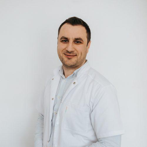 Dr. Mihai Adrian